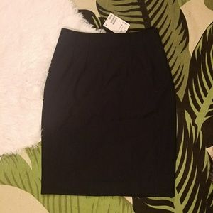 H&M black pencil skirt a line pocket NEW 2